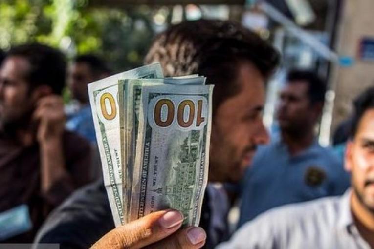 ورود دلارهای کرهای و عراقی؛ آیا به بازار ارز شوک کاهشی وارد خواهد شد؟